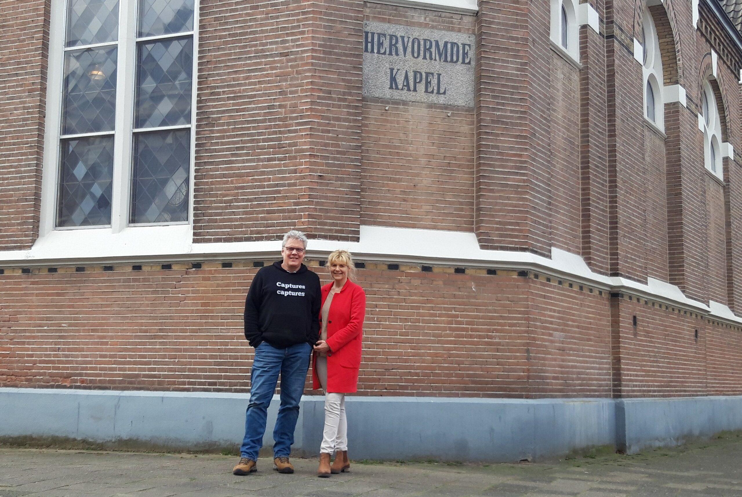 """Titi en Jan Jaap maakten van een kerk hun woning: """"Wij krijgen veel energie van dit project"""""""
