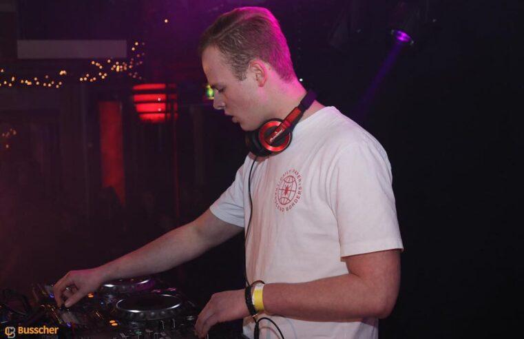 DJ Joep volgt zijn droom vanuit Denekamp: 'Ik zou niet zomaar weggaan, maar misschien wel als ik een deal krijg.'